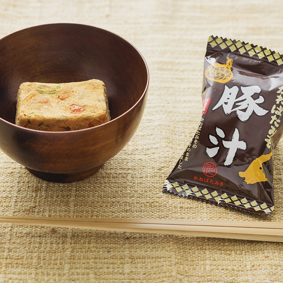Onion Miso Soup and Pork Miso Soup made with Kawabata Miso from Awaji Island (freeze-dried)