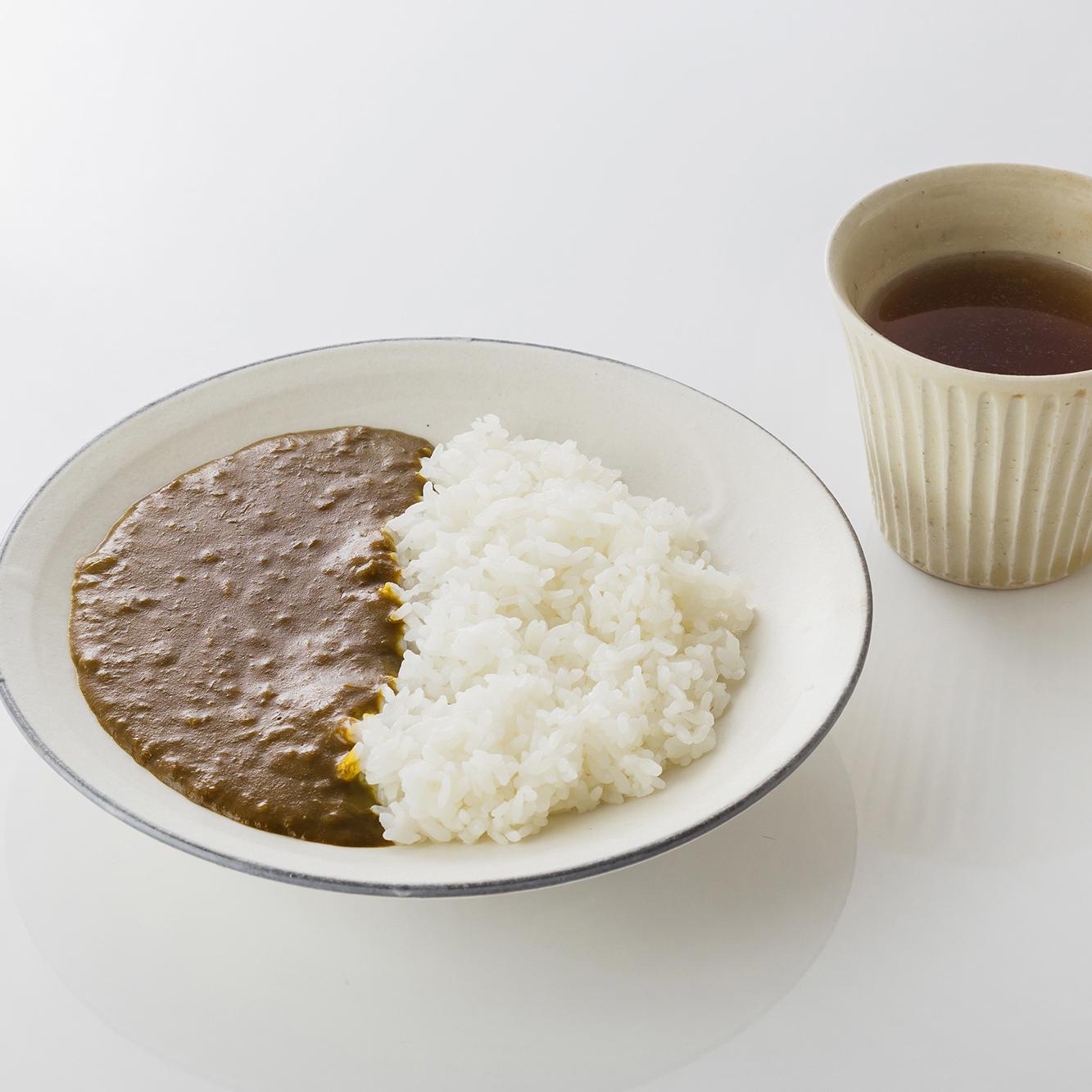 淡路島産玉ねぎのオニオンカレー(インド風)&淡路島のかほり(玉ねぎスープ)